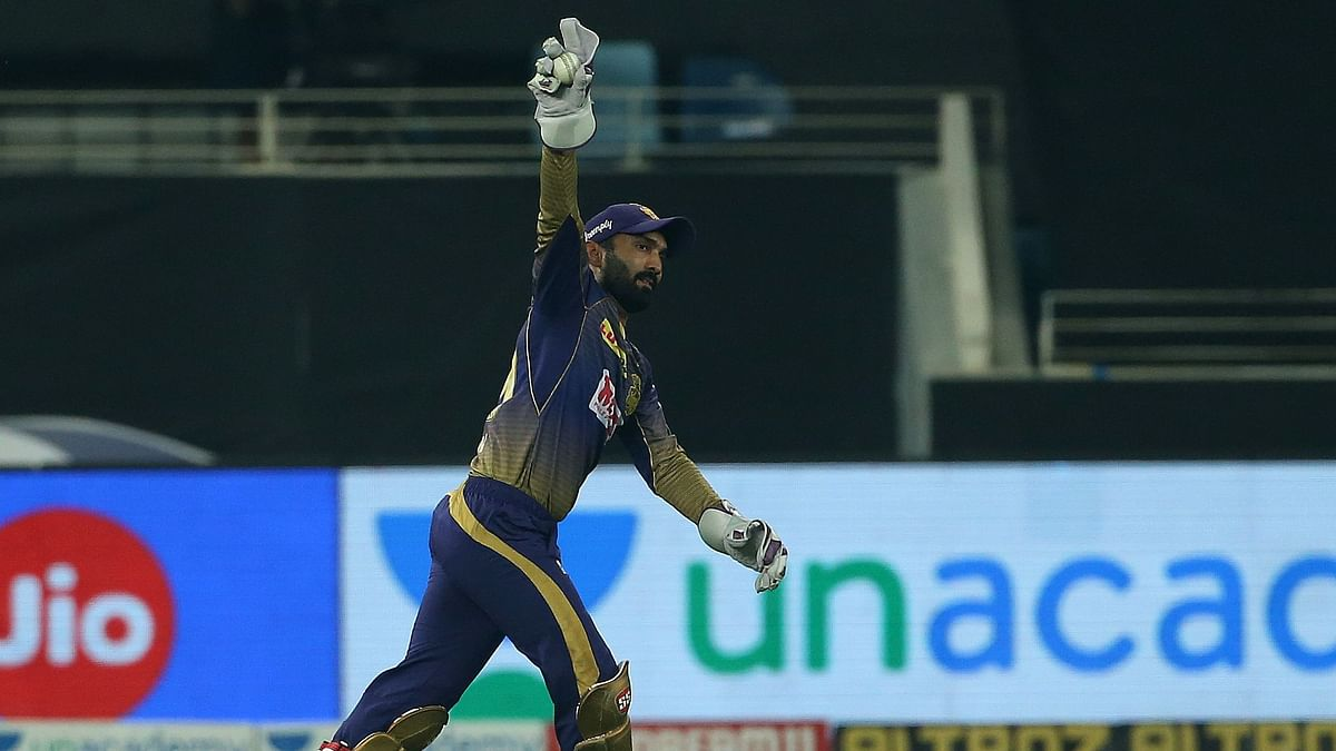 Dinesh Karthik Overtakes MS Dhoni's Record for Most Catches in IPL