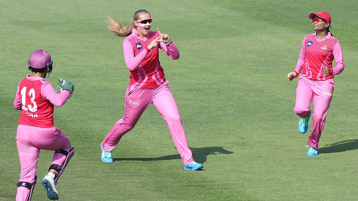 Sophie Ecclestone took four wickets for just nine runs as Trailblazers won by 9 wickets against Velocity.