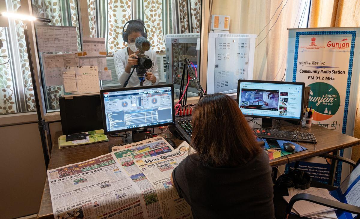 Behind the scenes of filming inside Radio Gunjan.