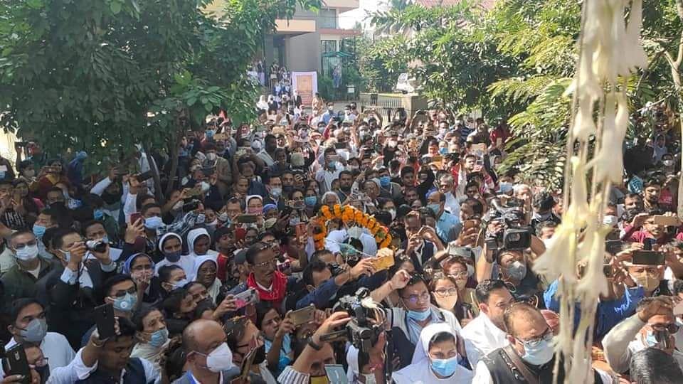 Thousands gathered to bid adieu to Former Assam CM.