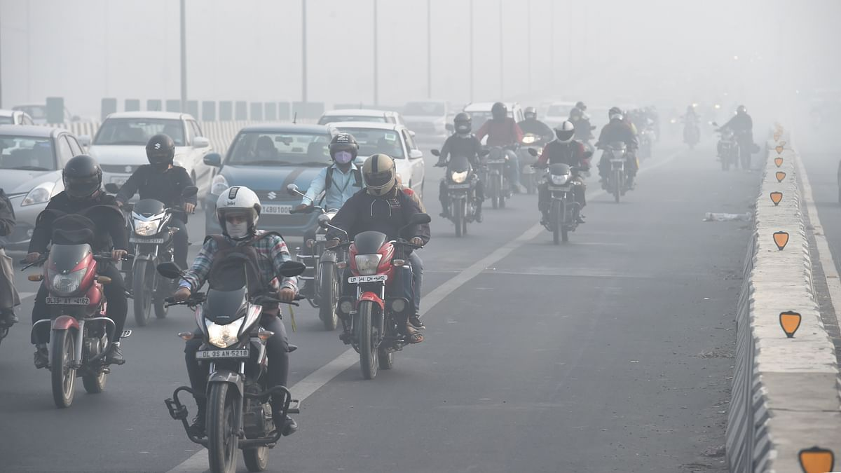 Air Quality in Delhi at 384, Expected to Worsen in NCR Over Diwali