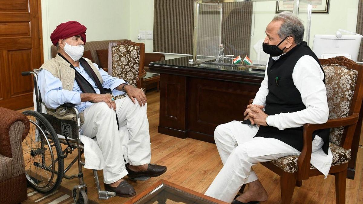 Gurjar Aarakshan Sangharsh Samiti convener Colonel (Retd) Kirori Singh Bainsla and Rajasthan Chief Minister Ashok Gehlot.