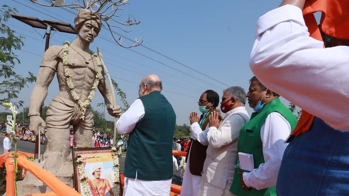 TMC Slams Amit Shah Over Tribal Leader Statue Faux Pas in Bankura