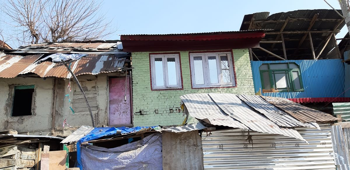 Cluster of crudely built homes in Zadibal, Srinagar.