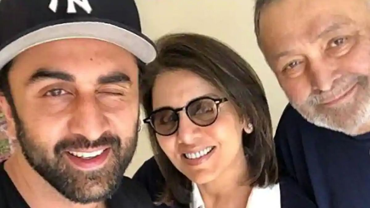 Ranbir Kapoor said that the news of his father Rishi Kapoor's death has not completely sunk in yet.He added that he is still dealing with the loss in some ways.
