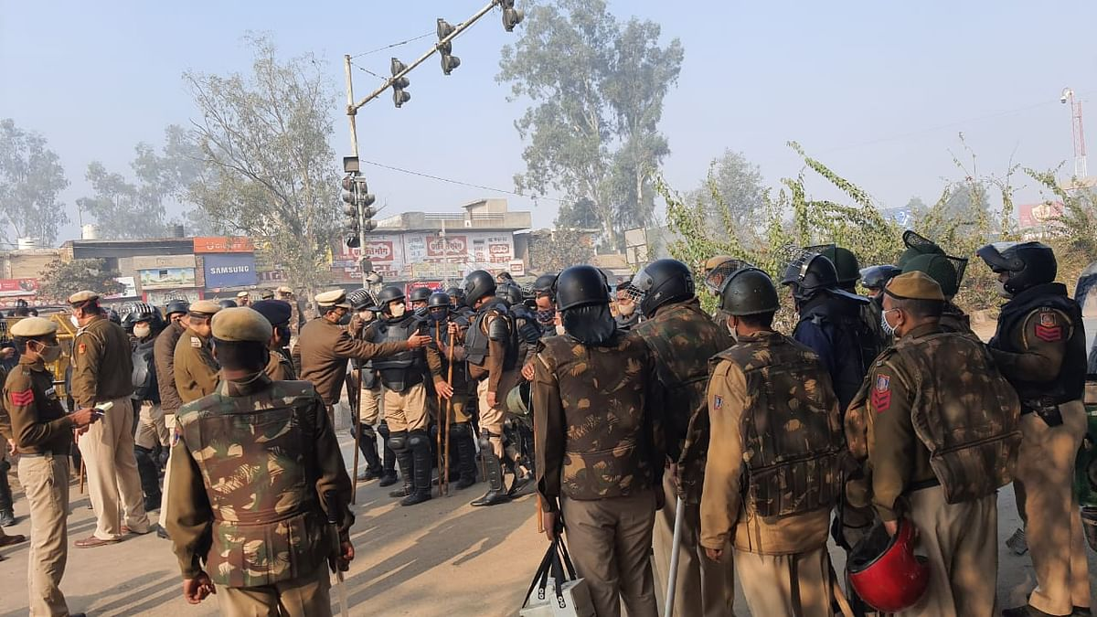 Amid Farmers' Stir, 2 Cops Posted at Singhu Border Test COVID +ve