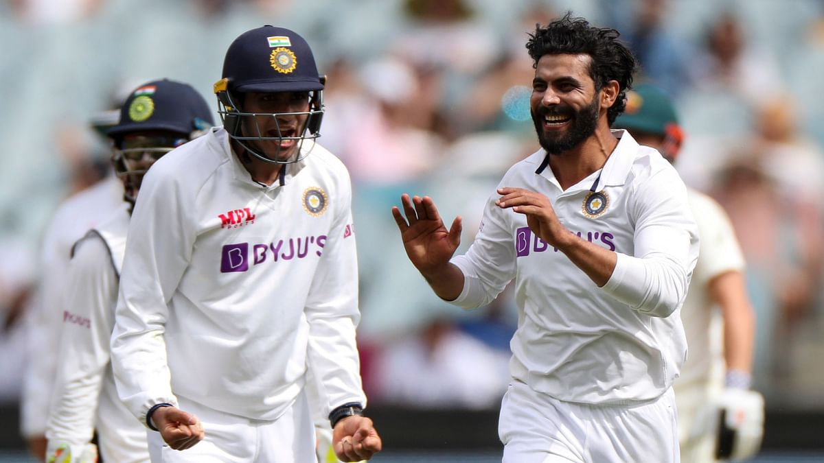 Day 3, 2nd Test: Aus Take 2-run Lead, Bowlers Keep India on Top