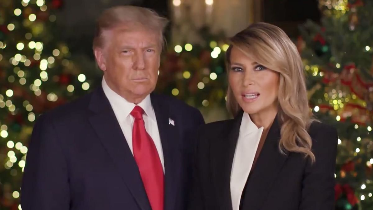 "President Donald Trump and first lady Melania Trump delivered their final Christmas message on Thursday, wishing everyone a ""very merry Christmas."""