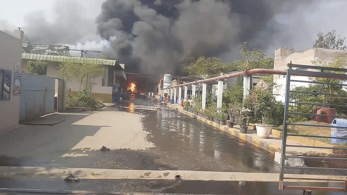 At least 8 Injured in Fire at Chemical Factory in Hyderabad