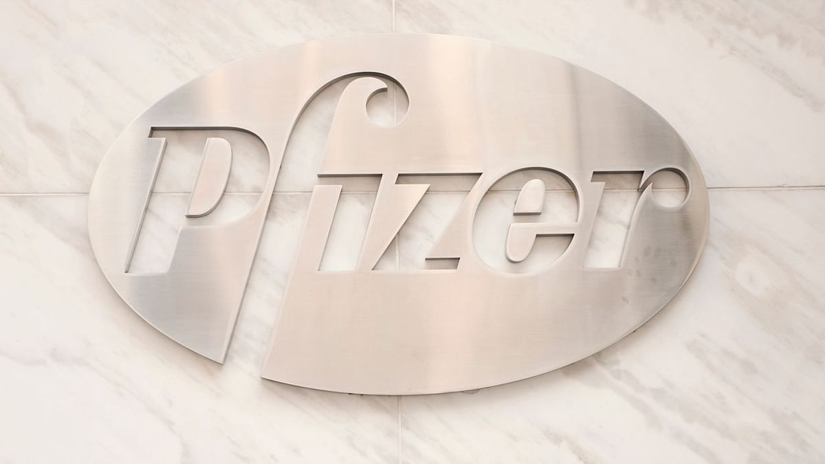 Pfizer COVID-19 Vaccine Effective in 10 Days, Safe: FDA Report