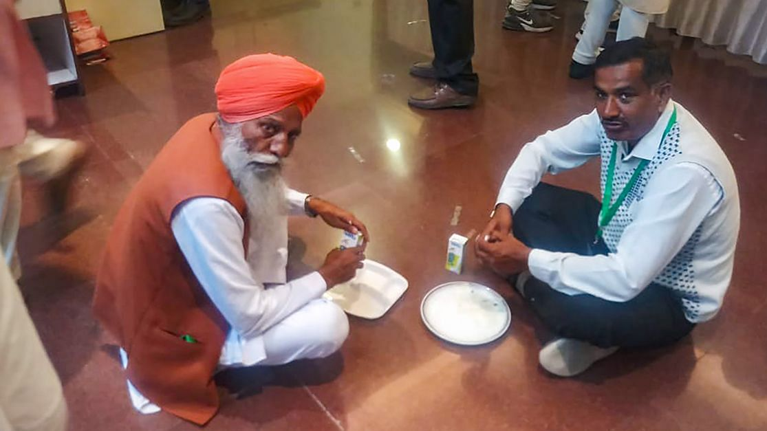 We Brought Our Langar: Farmers Refuse Food Offered by Govt at Meet
