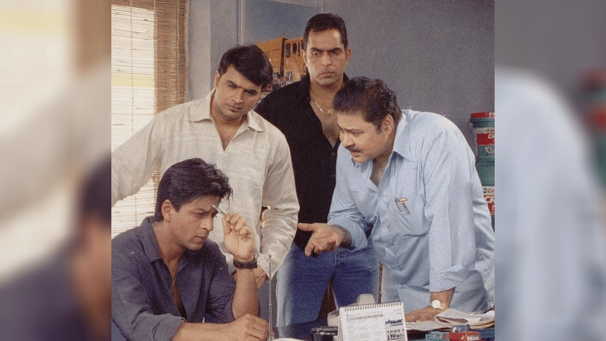 SRK's Reaction To Satish Shah Being Paid Extra for 'Chalte Chalte'
