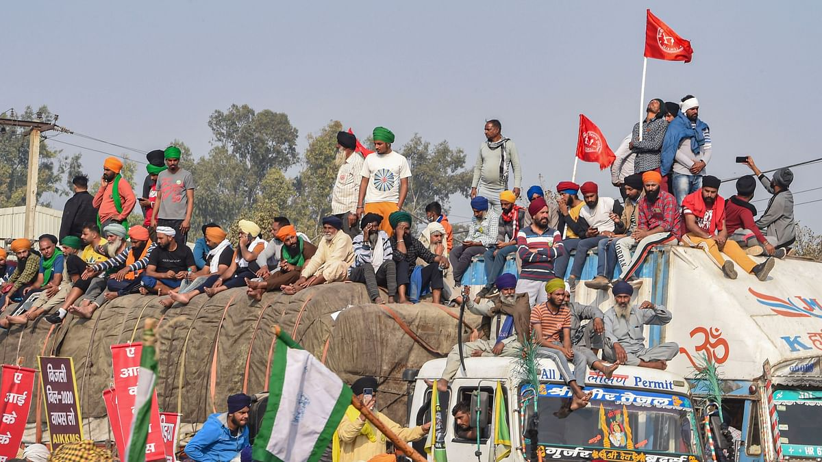 Farmers gather at the Singhu border during their ongoing 'Delhi Chalo' protest against the new farm laws.