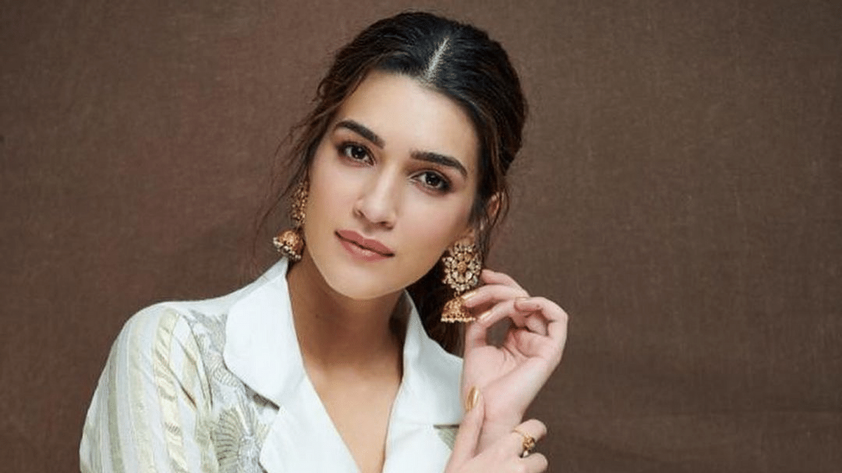 Going To Rest It Out: Kriti Sanon Tests Positive for COVID-19