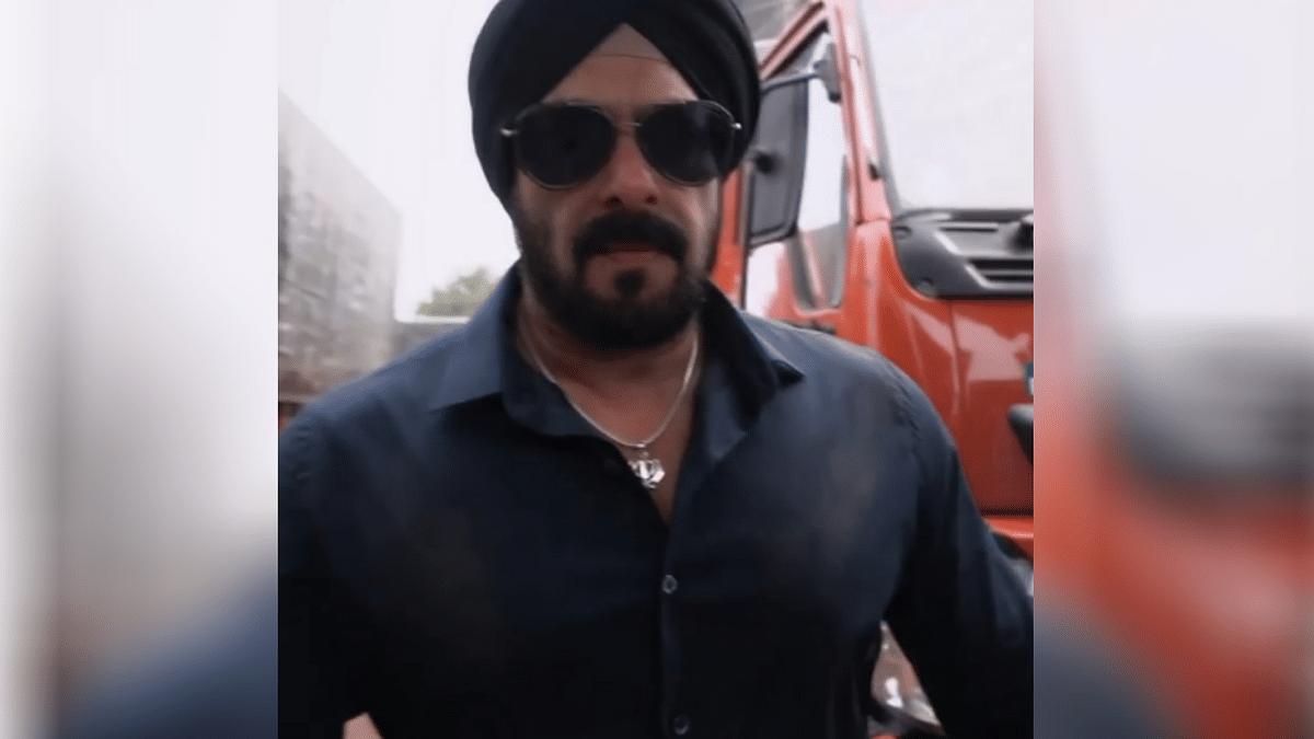 'Antim': Aayush Sharma Reveals First Look of Salman as Sikh Cop