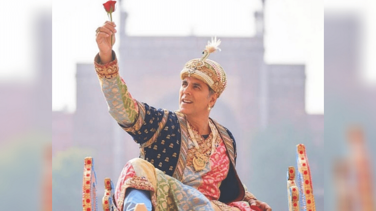Akshay Kumar Poses as a Mughal Emperor on 'Atrangi Re' Shoot