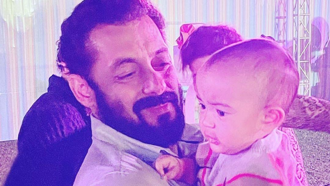 Salman Khan with niece Ayat.