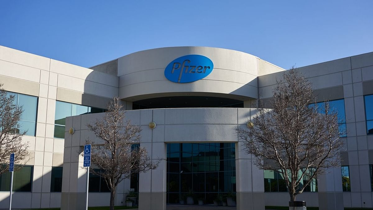 Post Adverse Reactions, UK Issues Allergy Warning Over Pfizer Shot