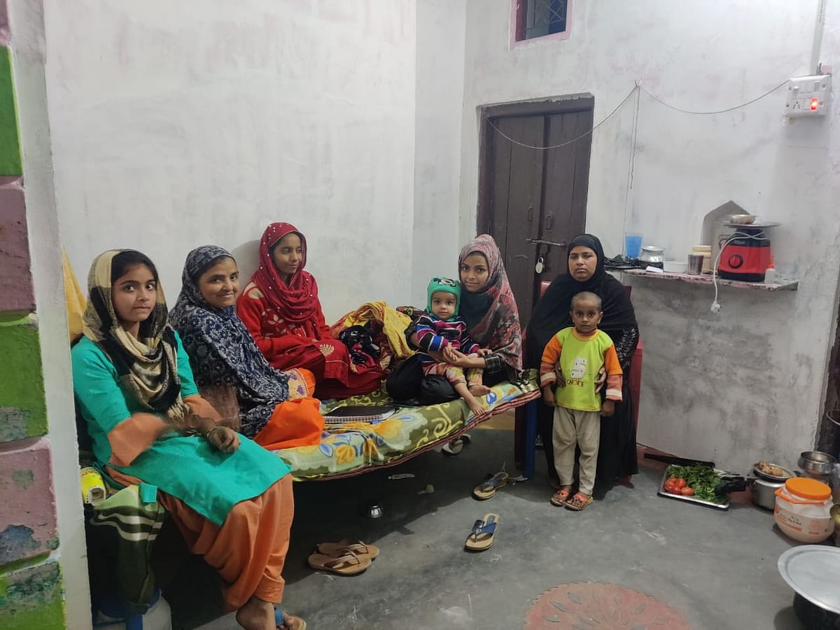 """Second from left is Aarzoo's mother Shabhnam Gulzar. She is very critical of Arshad and how he handled his son-in-law's case. """"I want my daughter to get remarried, she should not be alone,"""" she says."""