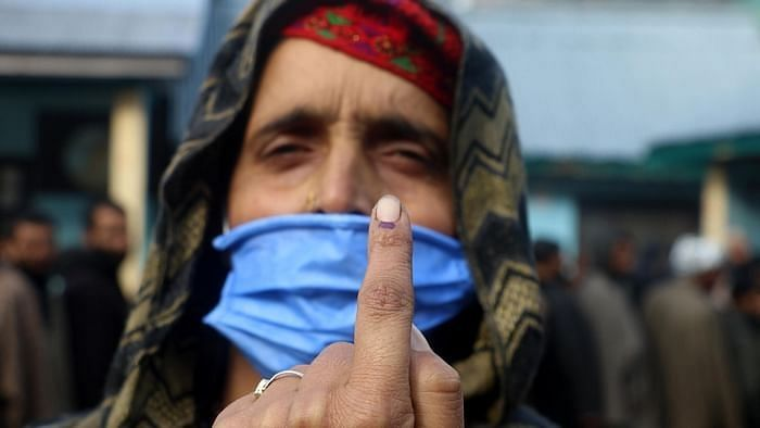 J&K DDC Polls: Record Voter Turnout of 41.94% Till 1 pm in Phase 4