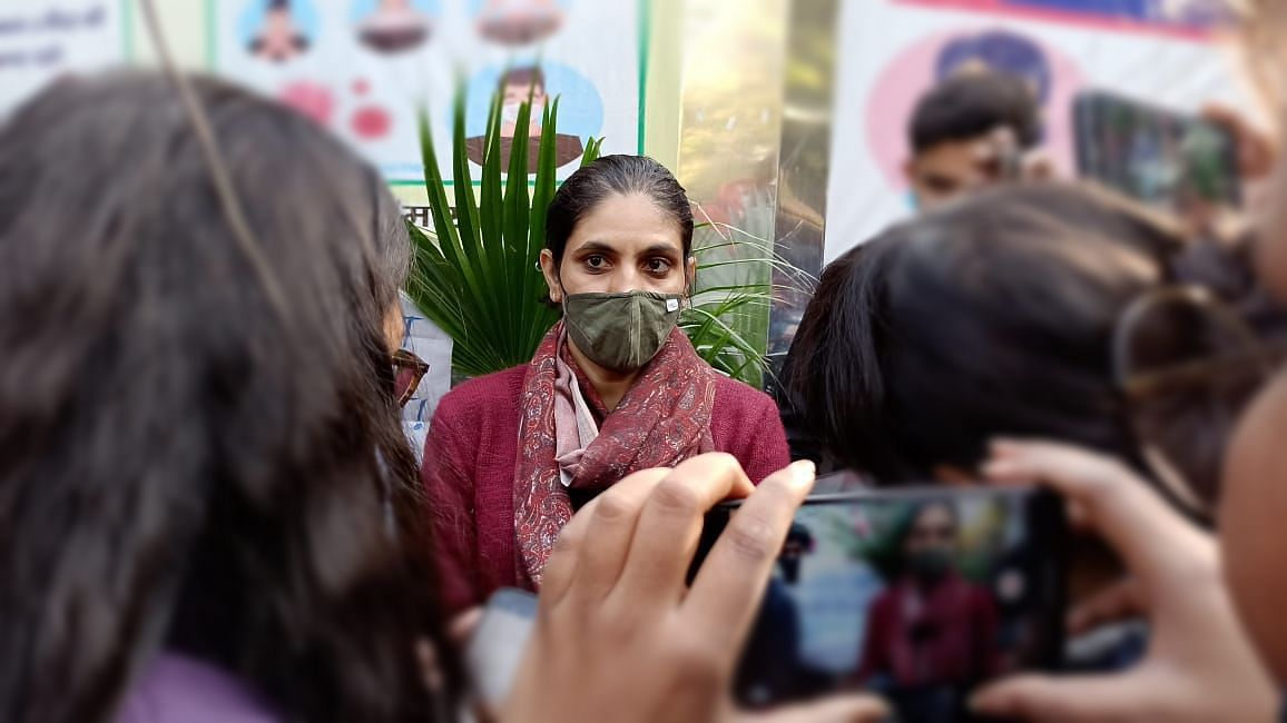 'How Can One Obstruct 50 Cops?' Wife of Journo Arrested at Singhu