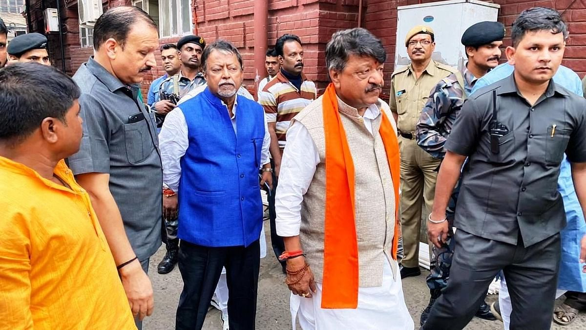 '41 MLAs Want to Join BJP in West Bengal': Kailash Vijayvargiya