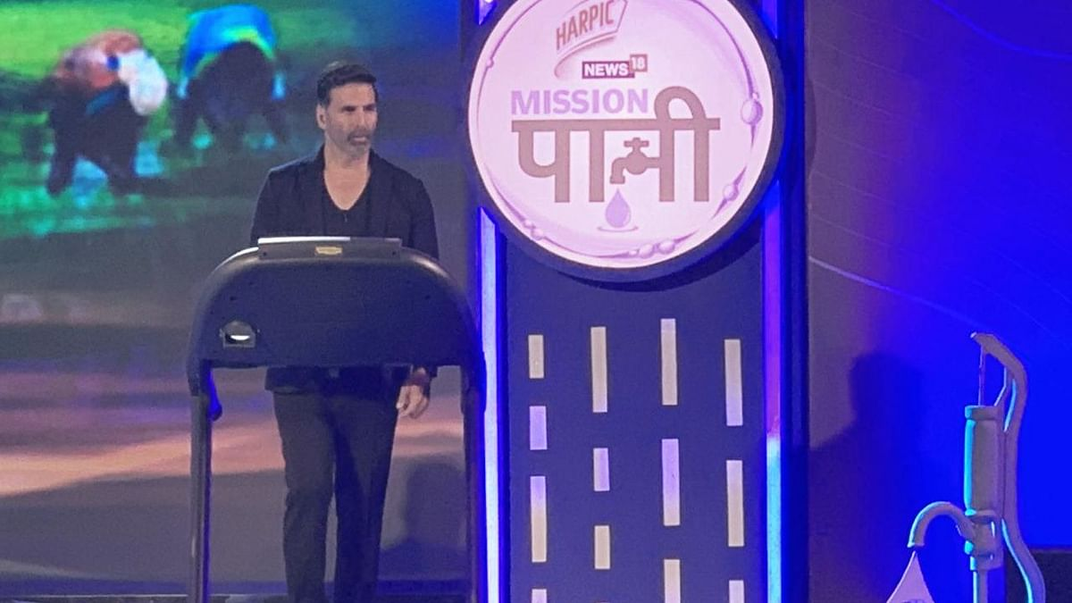 Akshay Kumar called out for his recent treadmill stunt.