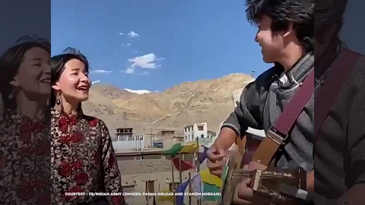 Viral Video of Ladakhi Folk Artists Leaves Netizens in Awe