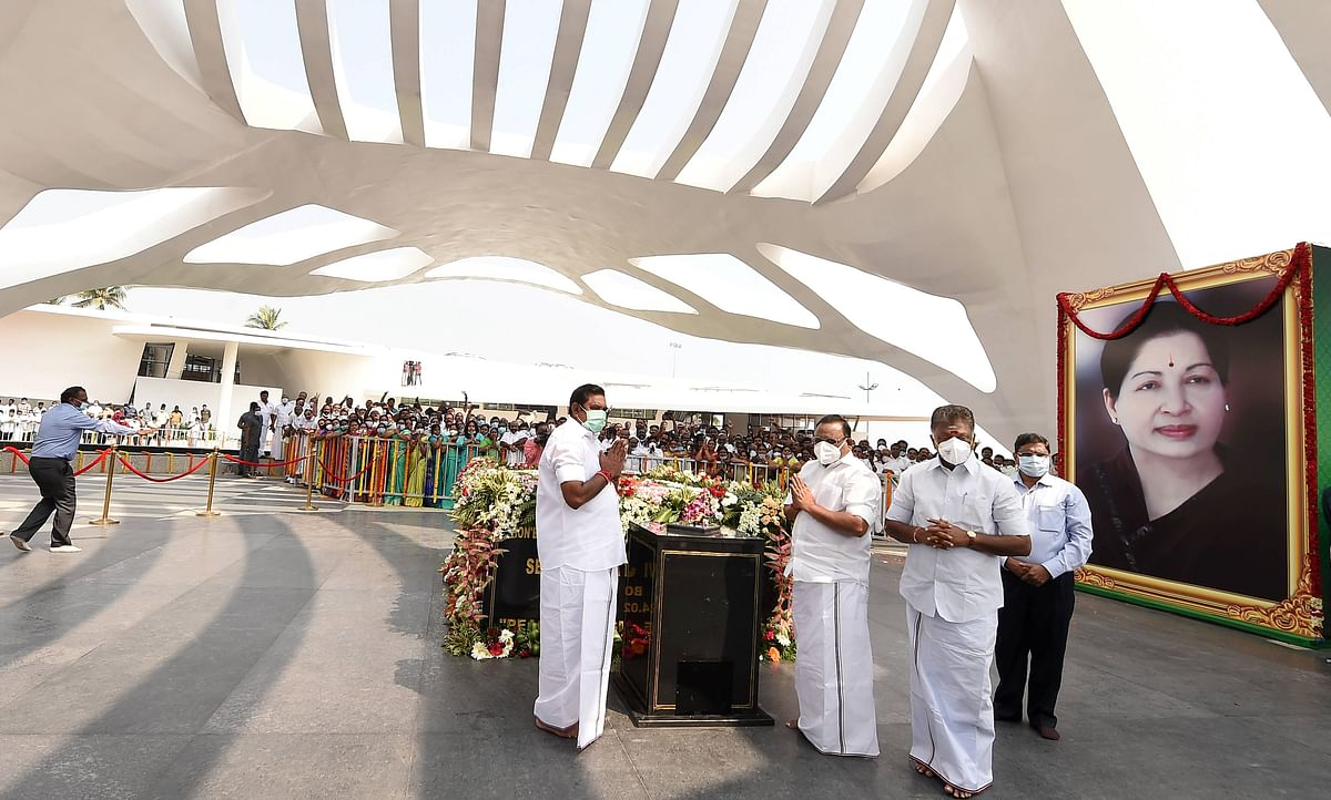 Tamil Nadu Chief Minister Edappadi Palaniswami along with Deputy CM O Panneerselvam and other leaders pays tribute to AIADMK leader Jayalalithaa during the inauguration of 'Veda Nilayam' memorial, residence of the late TN chief minister, in Chennai, Thursday, 28 January 2021.