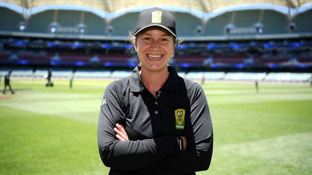 Australia's Claire Polosak is the fourth umpire's role in the third Test between Australia and India at the SCG.