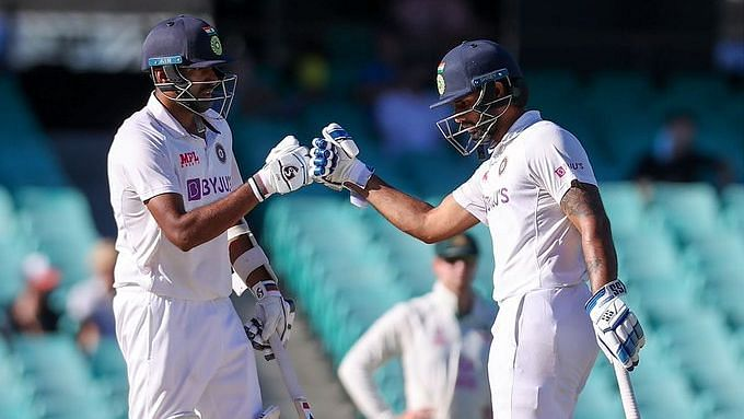 R Ashwin and Hanuma Vihari during their defiant 6th wicket stand against Australia at SCG.