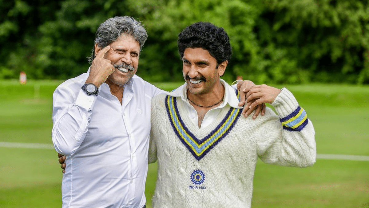 Actor Ranveer Singh with former Indian skipper Kapil Dev.