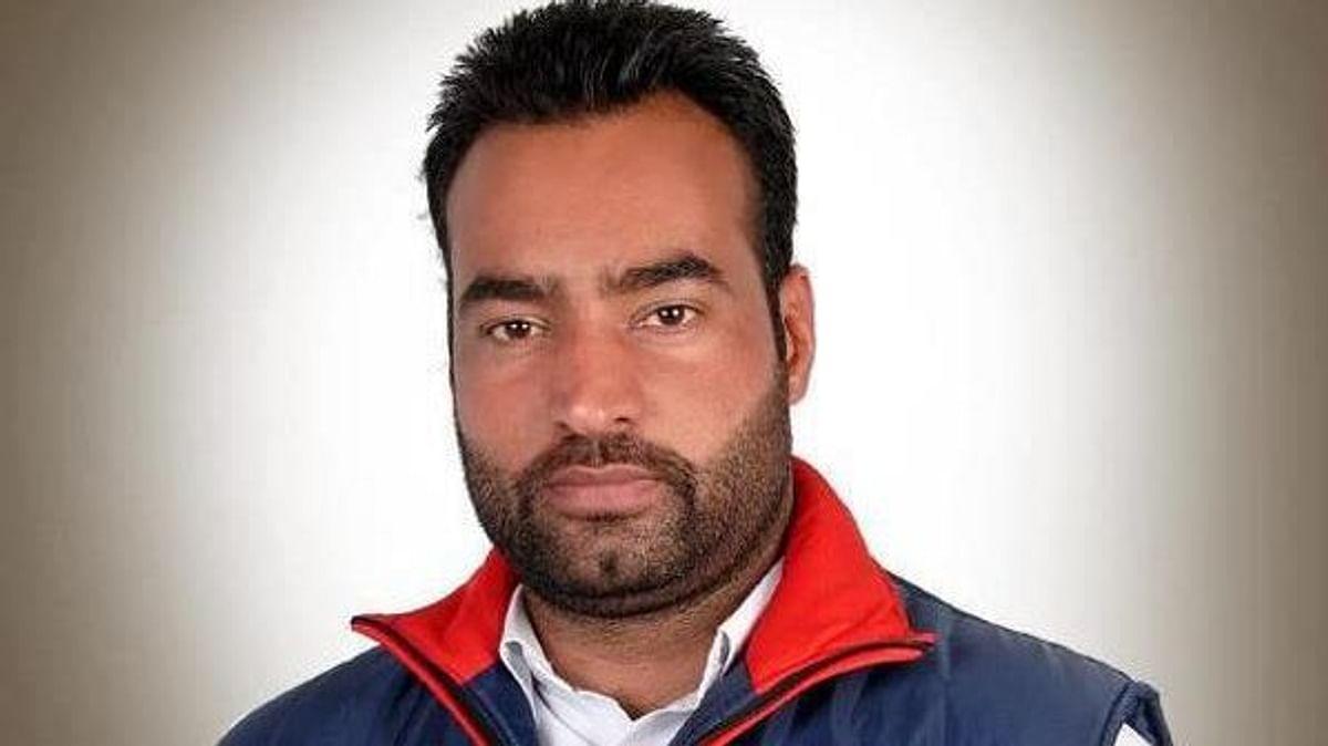 Delhi Police announced reward on Lakhbir Singh alias Lakha Sidhana who is an alleged conspirator in Republic Day violence.
