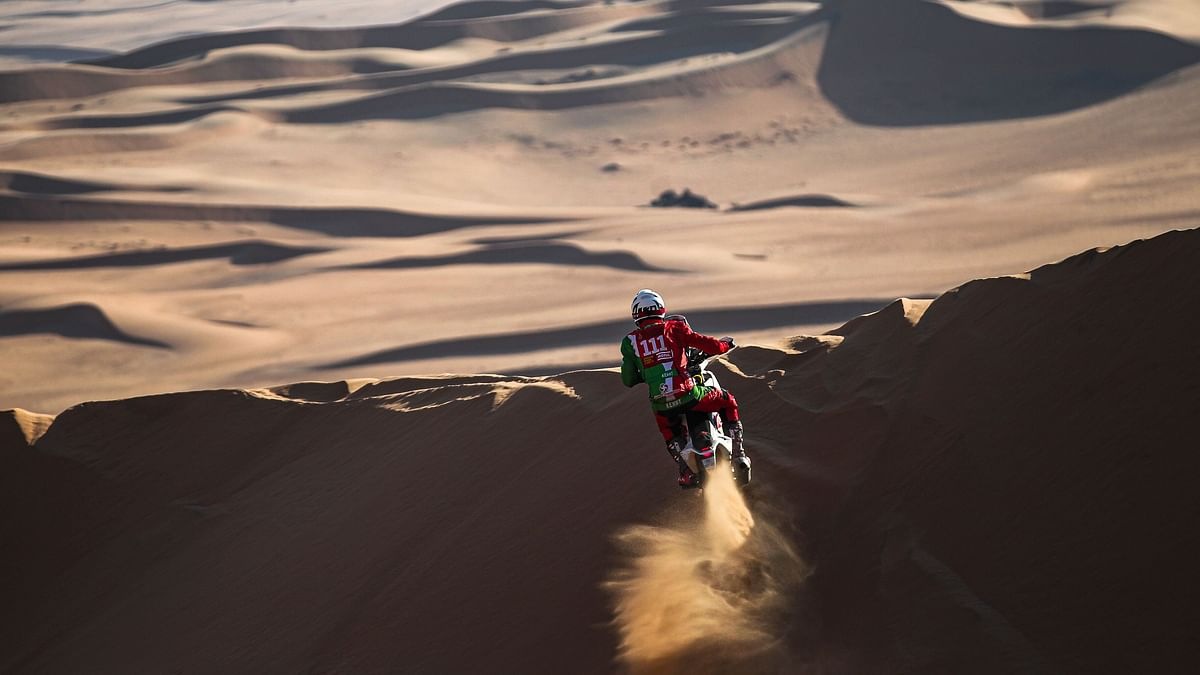Pierre Cherpin has died five days after crashing during the seventh stage of the Dakar rally, organisers said.