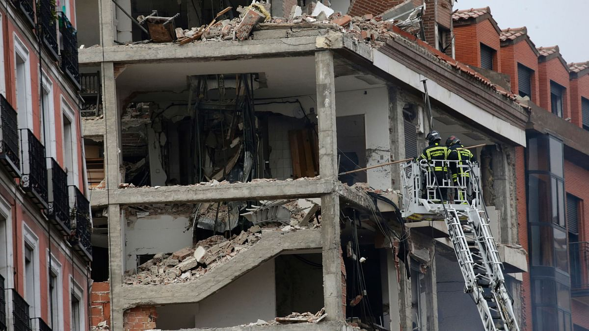 Two Die, One Seriously Injured in Explosion at Madrid Building