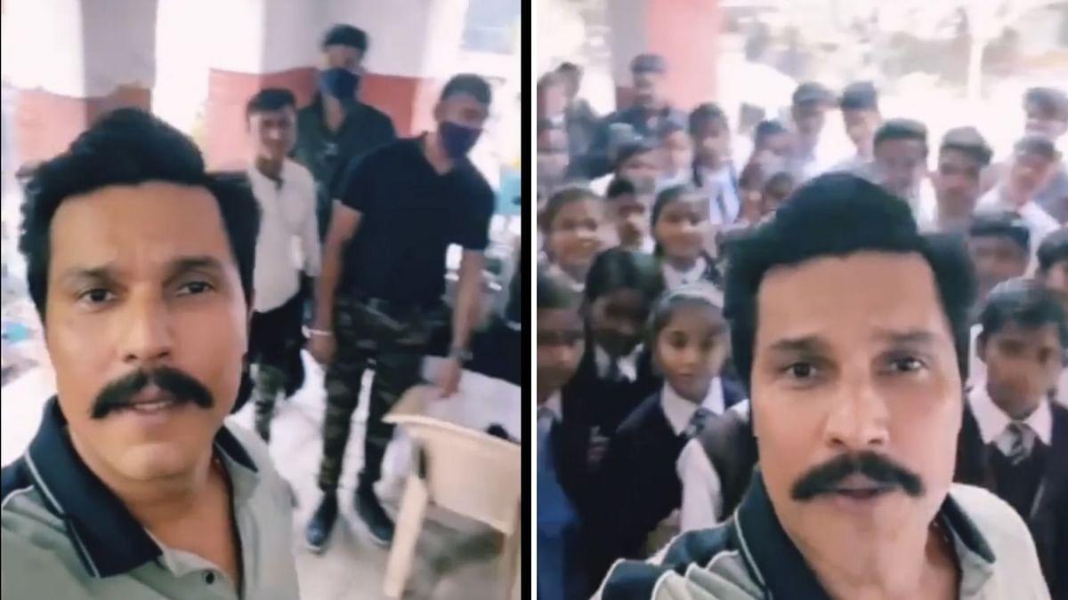 Watch: Actor Randeep Hooda Joins the #PawriHoRahiHai Trend