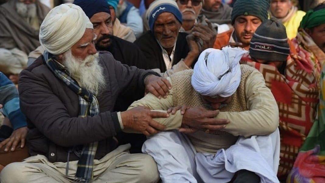 Protesters at Tikri Border mourn the death of Kamamveer Singh.