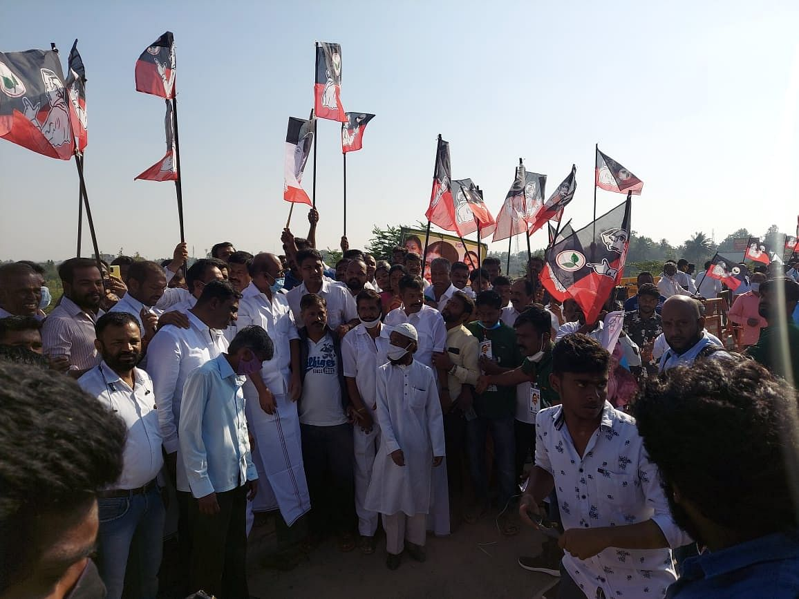 Massive crowds have gathered at Krishnagiri on the Tamil Nadu-Karnataka border.