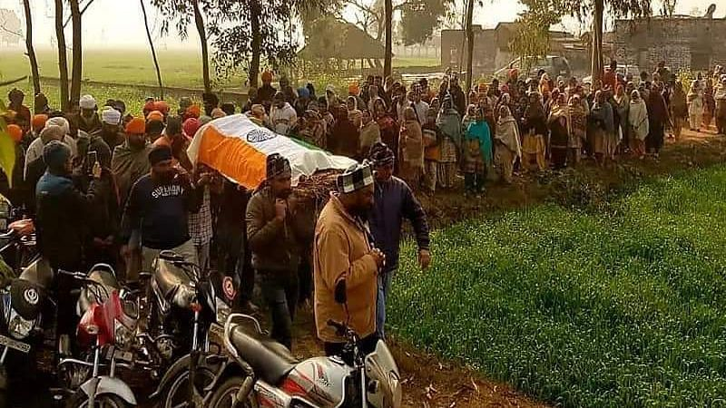 Baljindra, a resident of Bari Bujhia village in Sehramau died in a mishap near Ghazipur protest site on 25 January.