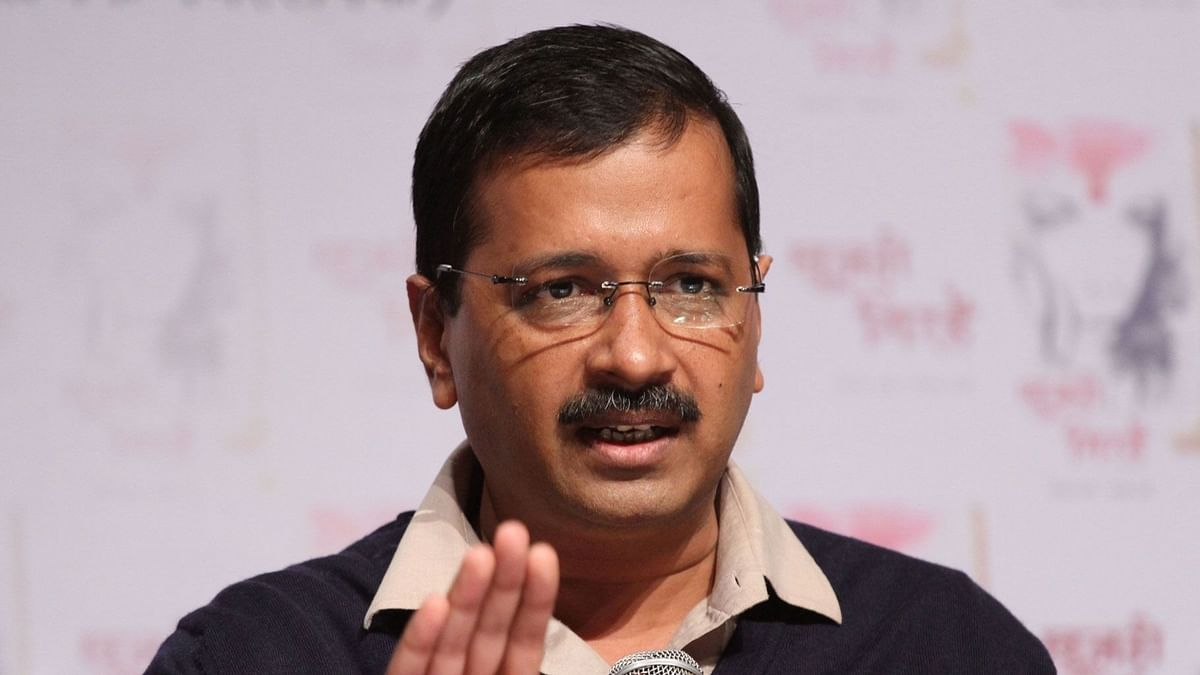 Kejriwal Thanks Mamata for Supporting Delhi Over Centre's NCT Bill