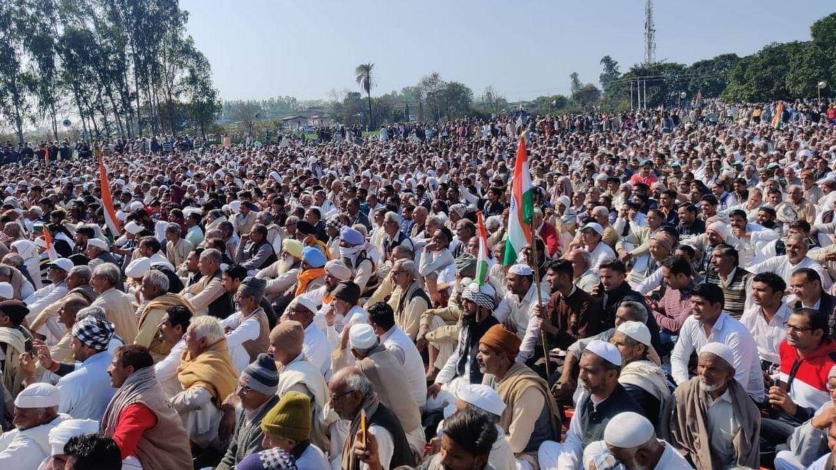 Farmers attend Kisan Mahapanchayat at Shamli in Uttar Pradesh, Friday, 5 Feb. Image used for representative purposes