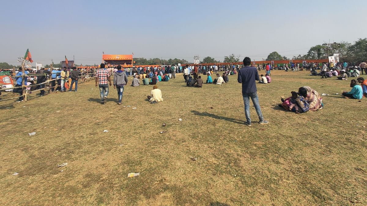 Lost In Translation: The Empty Stands At BJP's Bengal Rath Yatra