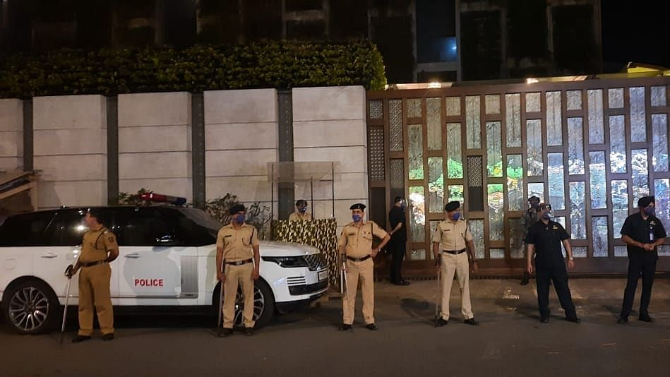 The bomb disposal squad of the Mumbai police found an abandoned Scorpio that triggered a bomb scare near Mukesh Ambani's residence 'Antilia' on Thursday.