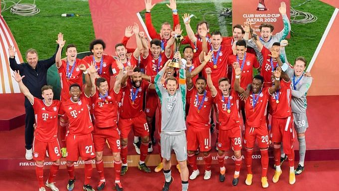 Bayern Munich lift the Club World Cup Trophy after winning the final 1-0 against Tigres