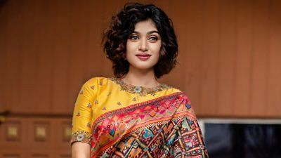 <p>A complaint has been filed against actor Oviyaa.</p>