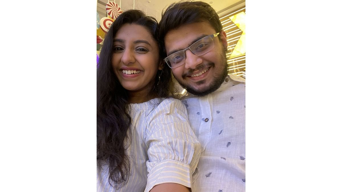 Urmi and Aakash's first date was in keeping with all safety protocols.