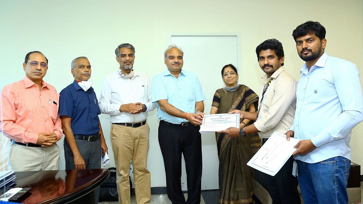 Good News: Chennai Metro Rail Crew Honoured for Helping Passenger