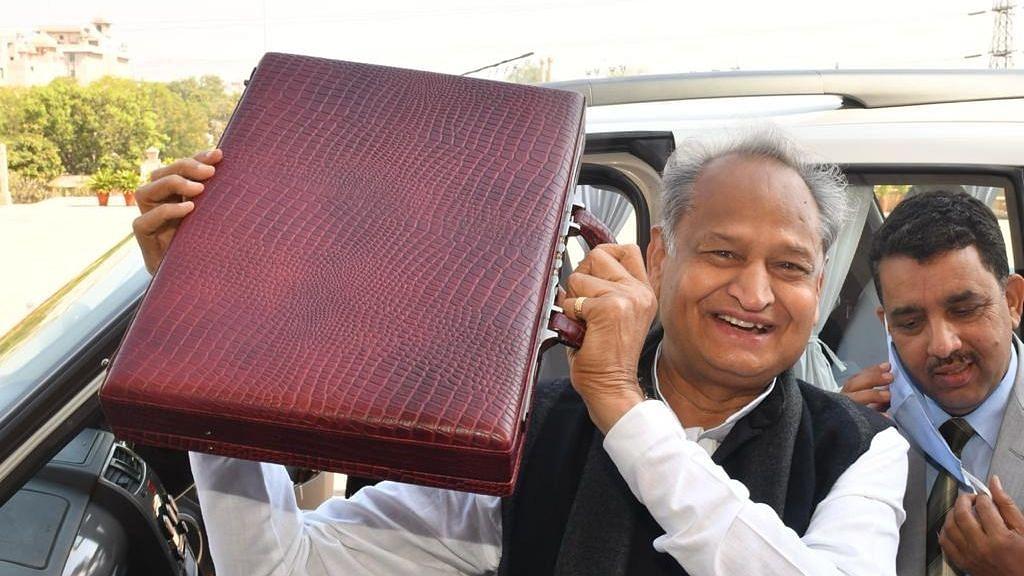 CM Gehlot Presents Rajasthan Budget, Focuses on Agri, Health & Edu
