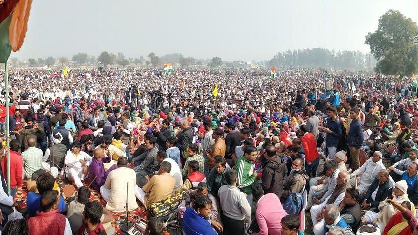 'Scared Ruler Fortifies': Tikait at Kisan Mahapanchayat