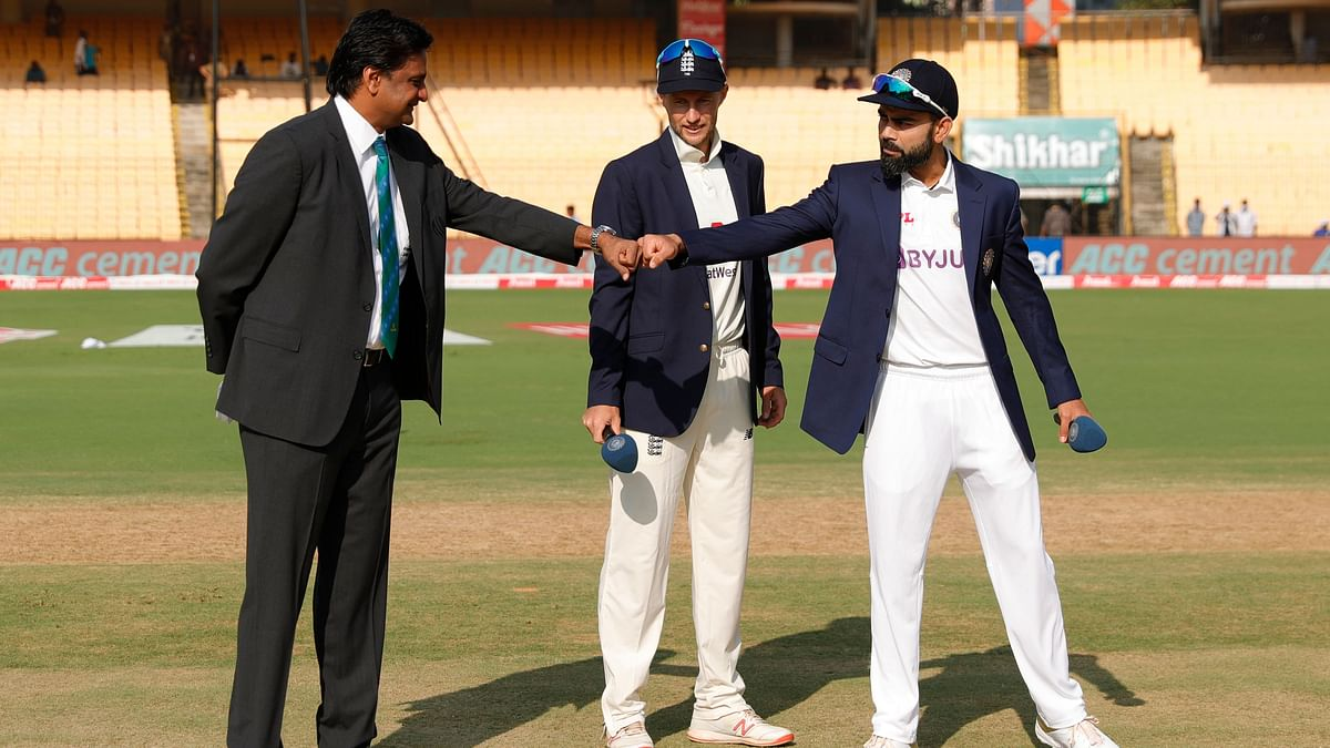 Javagal Srinath with Joe Root and Virat Kohli at the toss in the second Test.